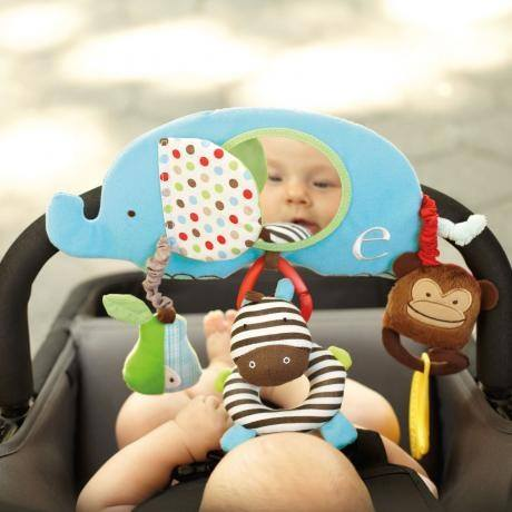 SKK Baby โมบายแขวนพร้อมตุ๊กตา รุ่น Alphabet Zoo