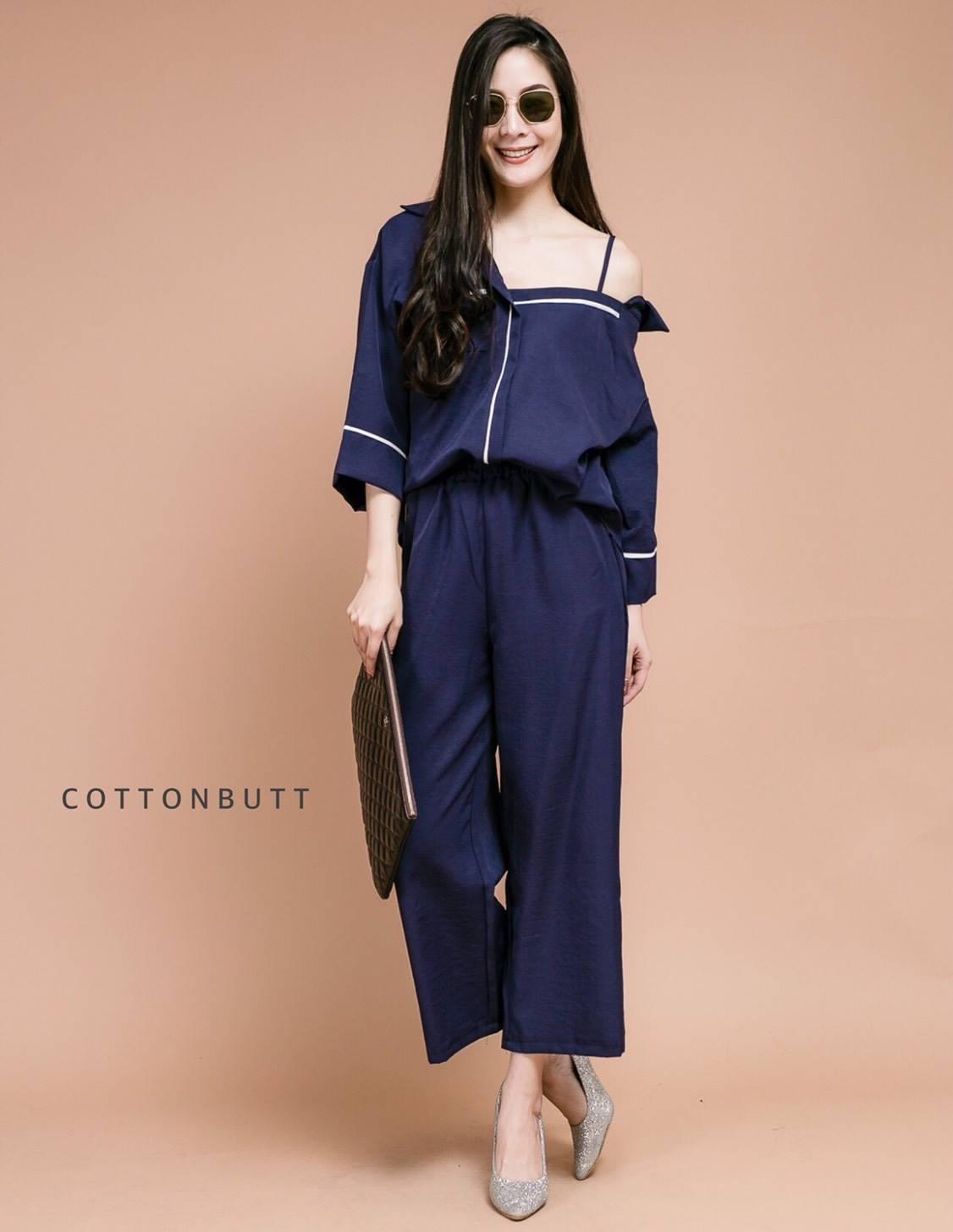 เสื้อผ้าแฟชั่นเกาหลีพร้อมส่ง เซทเสื้อเปิดไหล่เข้าคู่กับกางเกงเอวยางยืด