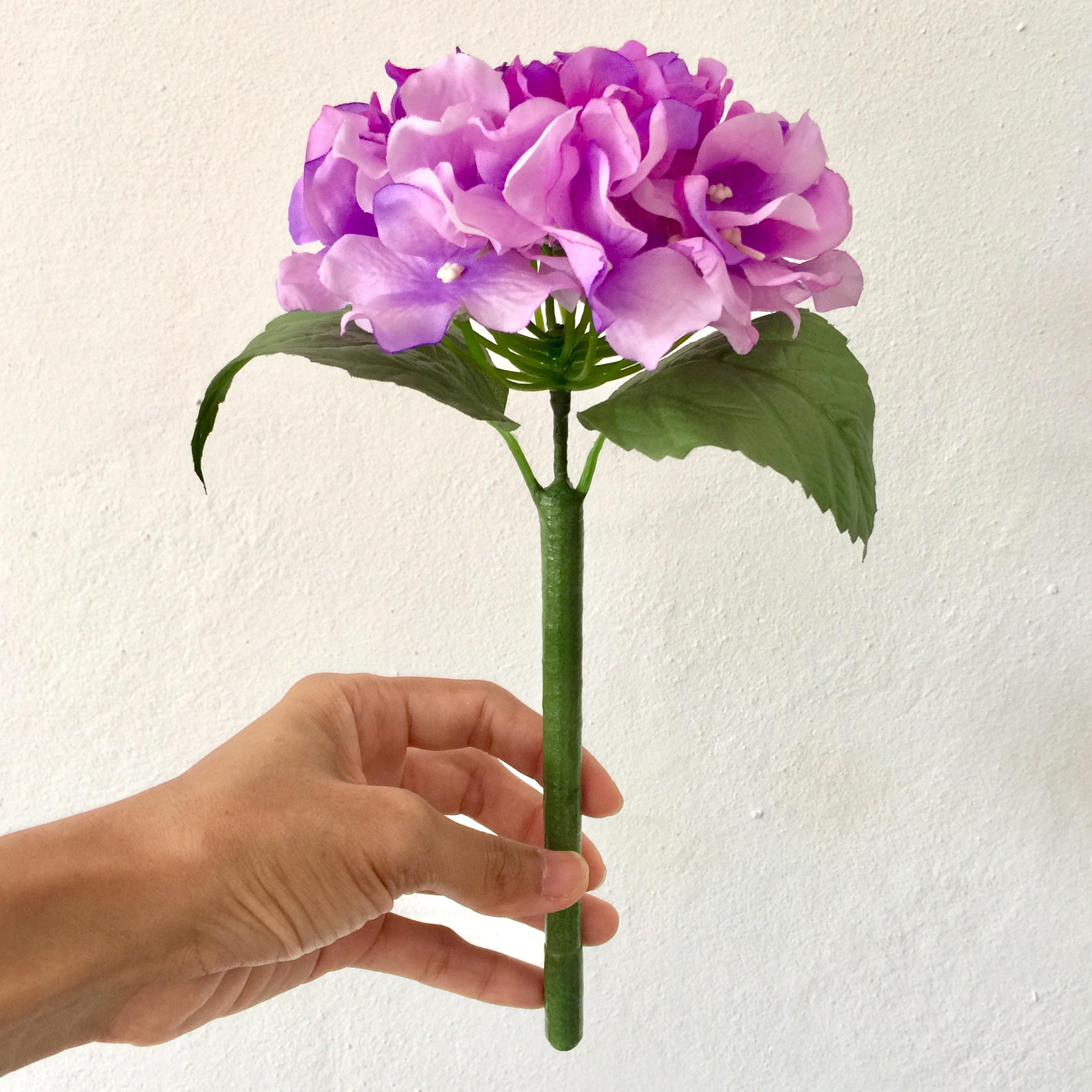 ปากกาดอกไฮเดรนเยีย สีม่วง