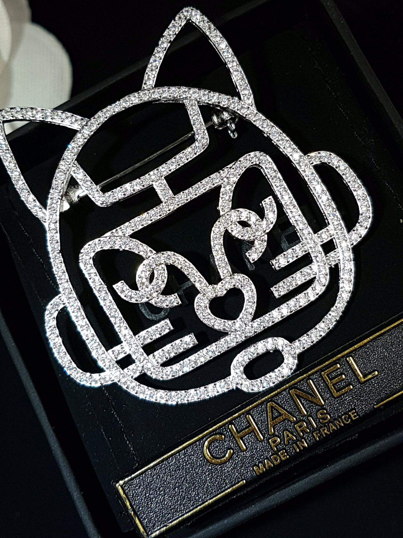 พร้อมส่ง diamond Chanel brooch เข็มกลัดชาแนล งานแมว