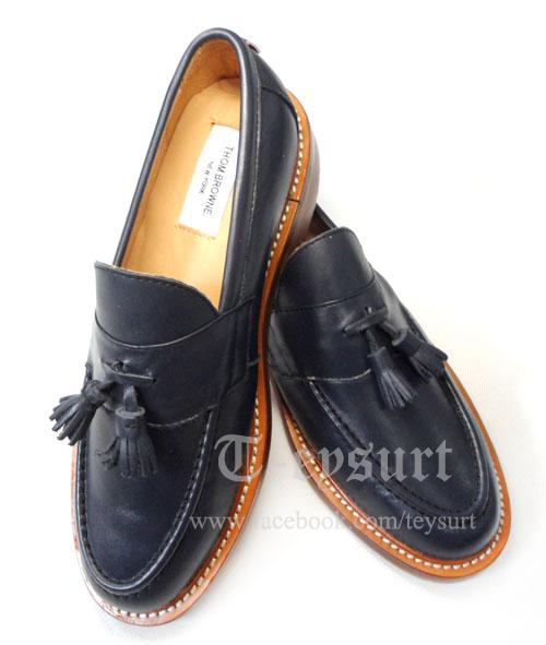 รองเท้าThom Browne Classic Black Moccasins