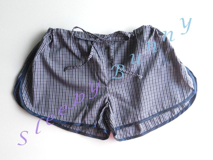 คุณ Dao (fb) CF ค่ะ bx25 กางเกงลายตารางสีเทาดำ free size ( S, M, L )