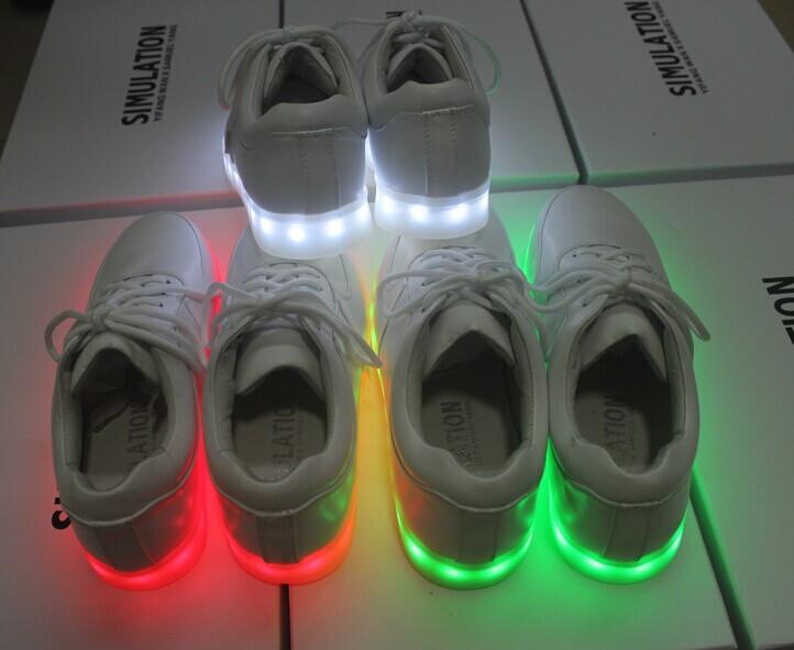 รองเท้าไฟ LED รองเท้าเรืองแสง LED SIMULATION SHOES