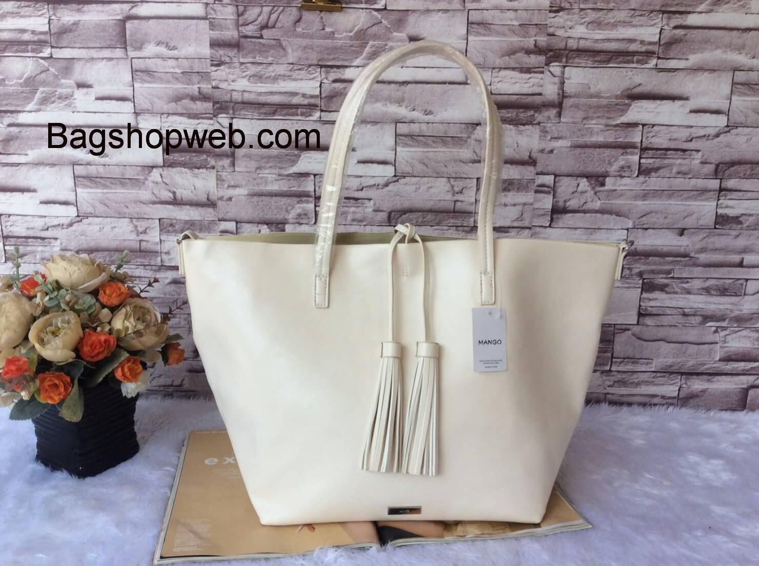 กระเป๋า MNG Shopper bag สีขาวครีม กระเป๋าหนัง เชือกหนังผูกห้วยด้วยพู่เก๋ๆ!! จัดทรงได้ 2 แบบ