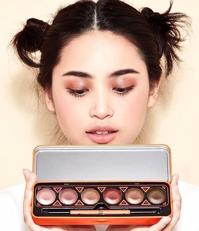 VER.88 GLAM SHINE Cream Eyeshadow Palette อายแชโดว์เนื้อครีม นุ่มลื่น เกลี่ยง่าย