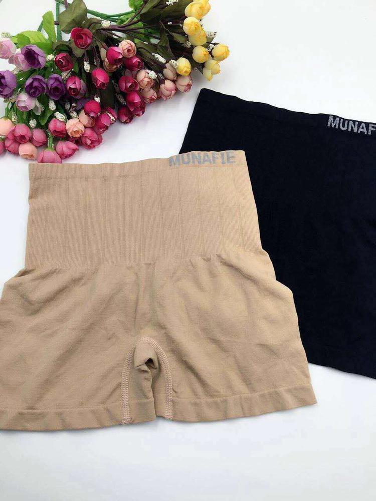 (ซื้อ 1 ตัว ฟรีอีก 1 ตัว) MUNAFIE กางเกงเก็บพุงกระชับสัดส่วน รุ่นขาสั้น