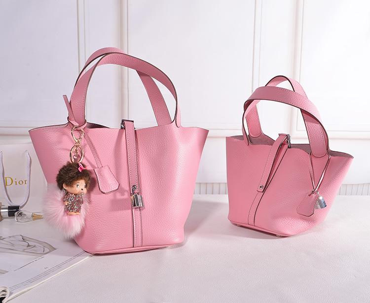 กระเป๋าหนังวัว รุ่น Picotin 18' Baby Pink