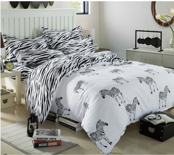 (Pre-order) ชุดผ้าปูที่นอน ปลอกหมอน ปลอกผ้าห่ม ผ้าคลุมเตียง ผ้าโพลีเอสเตอร์พิมพ์ลายม้าลายขาว-ดำ