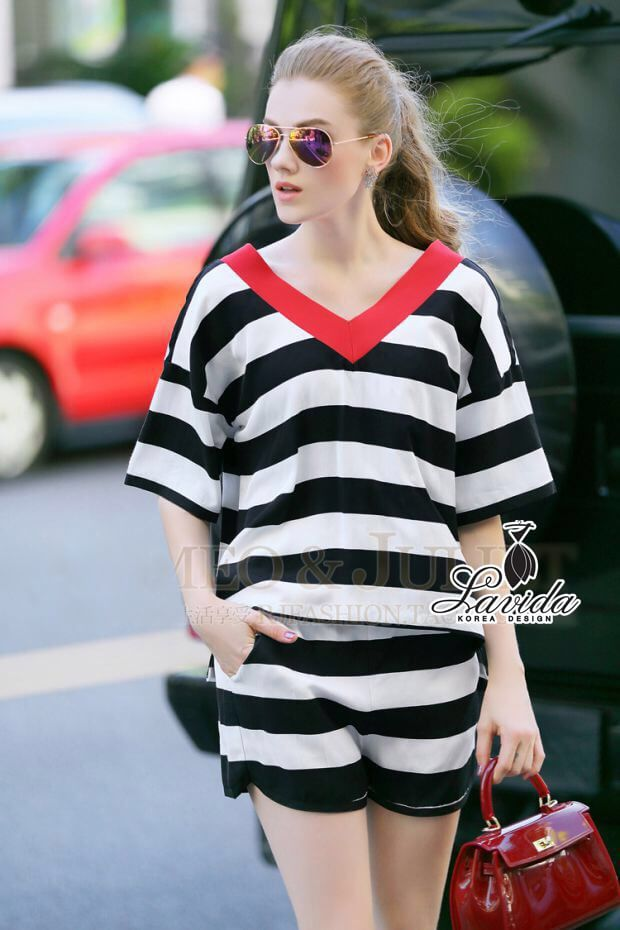 Korea Design By Lavida hit color V-neck black and white striped top linen short pants fashion set