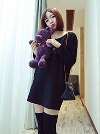 ชุดเดรสสั้น ผ้าไลคร่า ผ้านิ่ม แขนยาวคอกลม ทรงใส่สบาย สีดำ