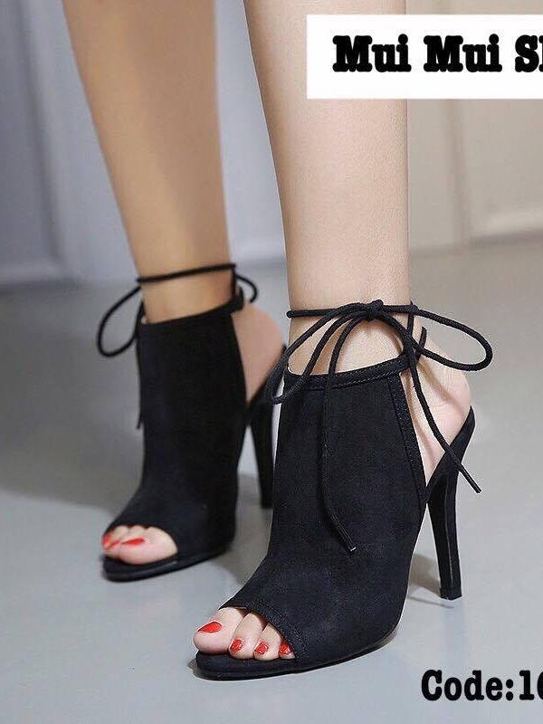 รองเท้าส้นสูง ผ้าสักหราดอย่างดี (สีดำ)