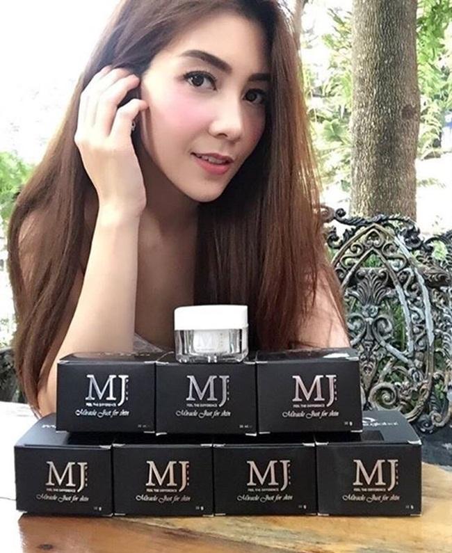 Cream MJ