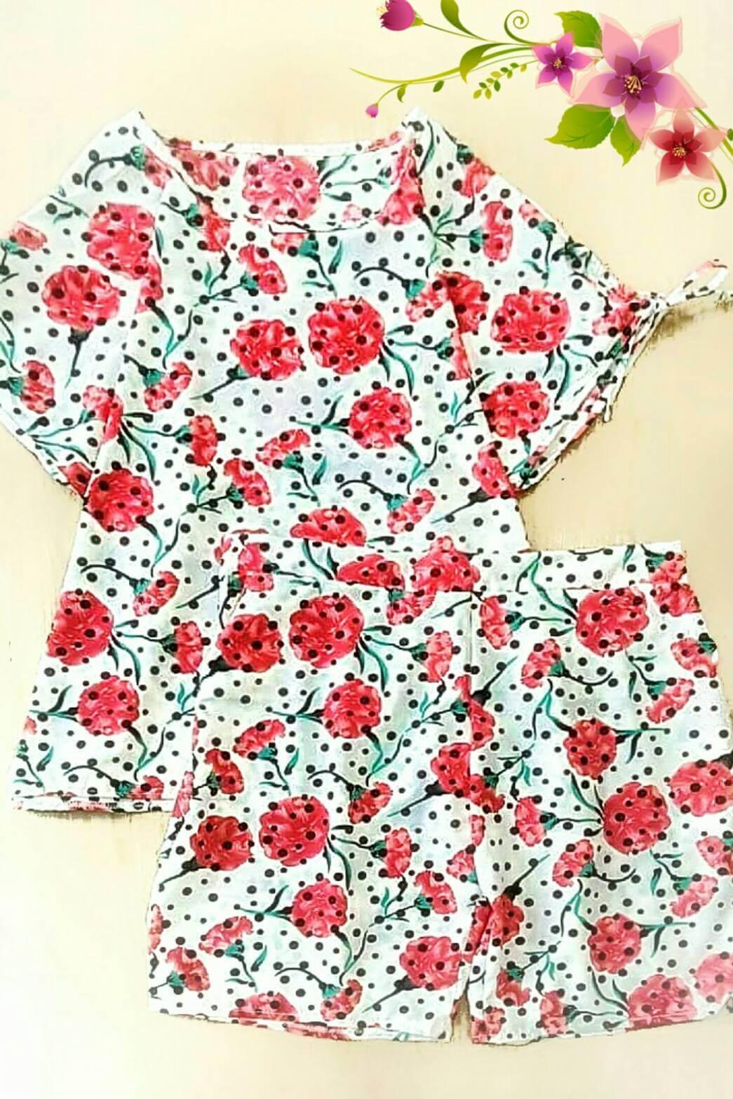 WOW SET : ชุดเซ็ํต Plussize 2 ชิ้น เสื้อแขนสั้นคอกลม ผ้าไหมอิตาลีลายดอกสดใส มาพร้อมกับ กางเกงขาสั้นผ้าเดียวกัน สม็อคเอวด้านหลัง กระเป๋า2ข้าง ไซส์ใหญ่ใส่สบายค่ะ