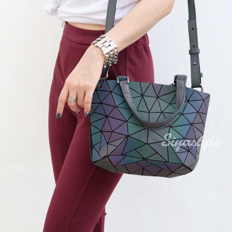 กระเป๋าสะพายแฟชั่น กระเป๋าสะพายข้างผู้หญิง Barel mini เพชร สีรุ้ง [สีรุ้ง]