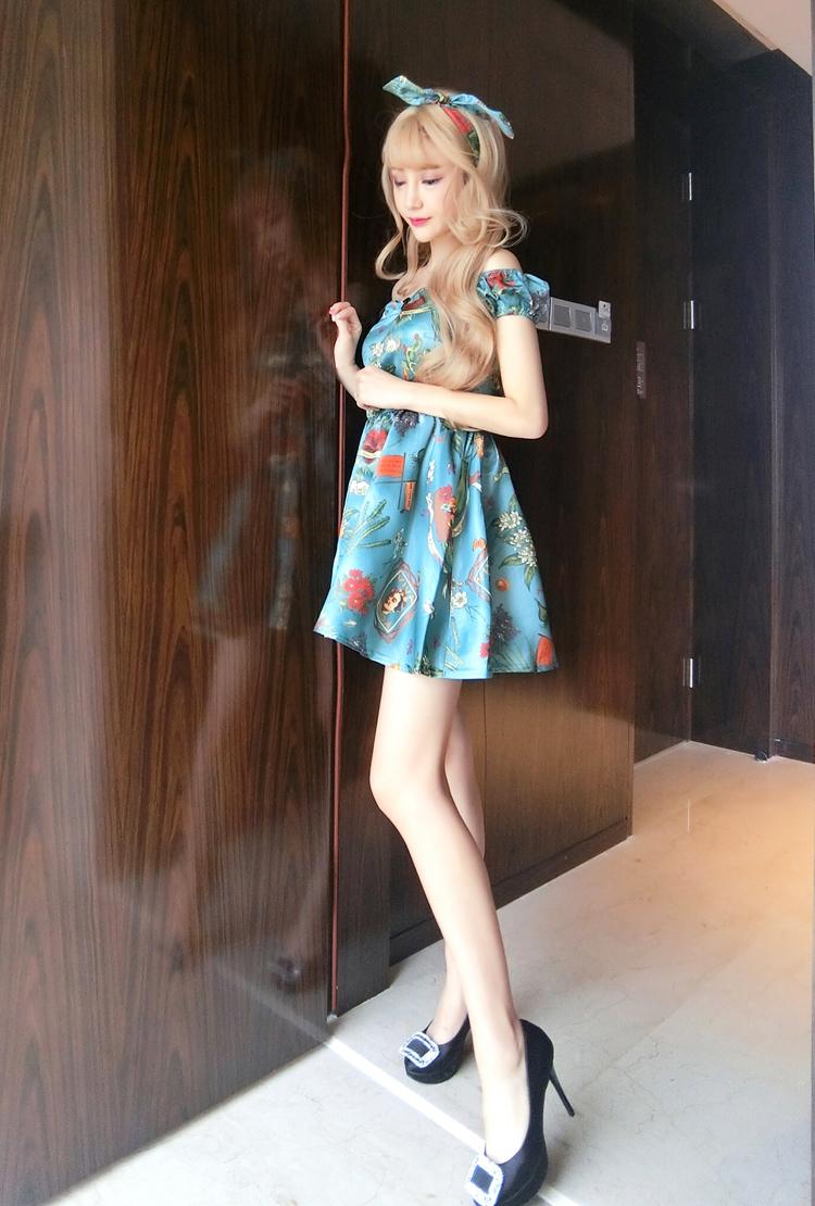 ชุดเดรสแฟชั่นเกาหลีสีฟ้าสวยๆ