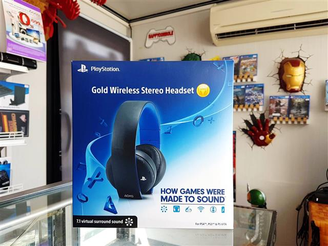 Sony Gold Wireless Stereo Headset