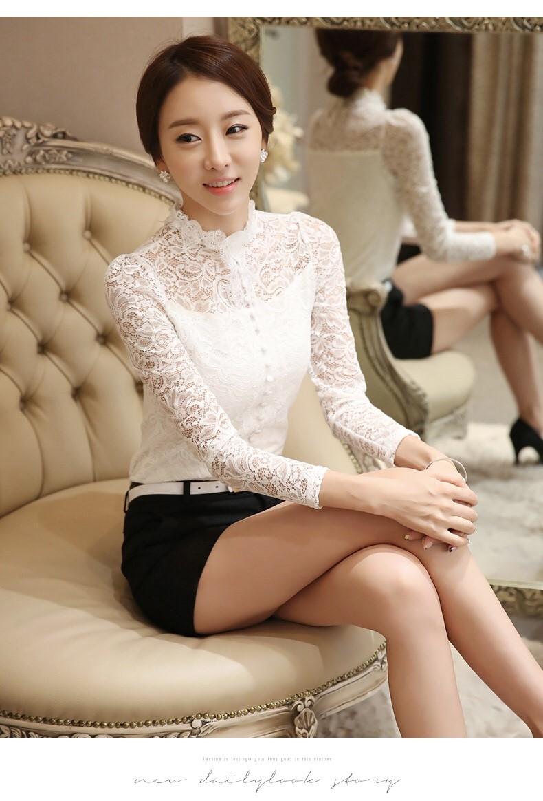 รหัส MN11 เสื้อสไตล์เกาหลี ดีเทลผ้าลูกไม้เนื้อนิ่มทรงเข้ารูป คอติด แขนยาวแต่งกระดุมหน้า งานมีซับในการตัดเย็บเรียบร้อยคุณภาพดีค่ะ