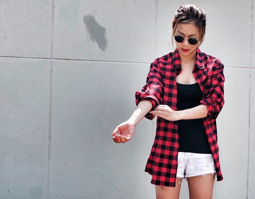 เสื้อคลุมลายสก๊อตสีแดง