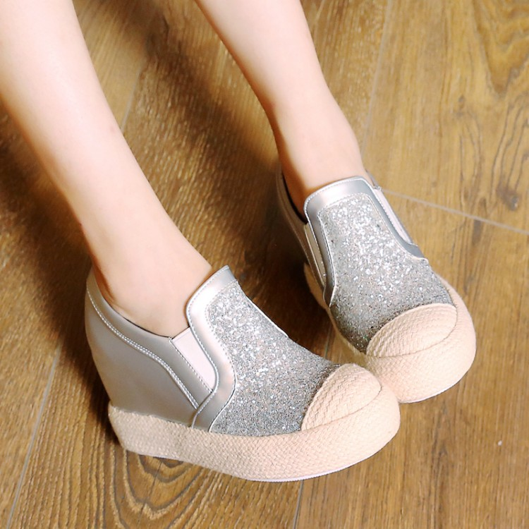 Preorder รองเท้าแฟชั่น สไตล์เกาหลี 32-45 รหัส 9DA-4478