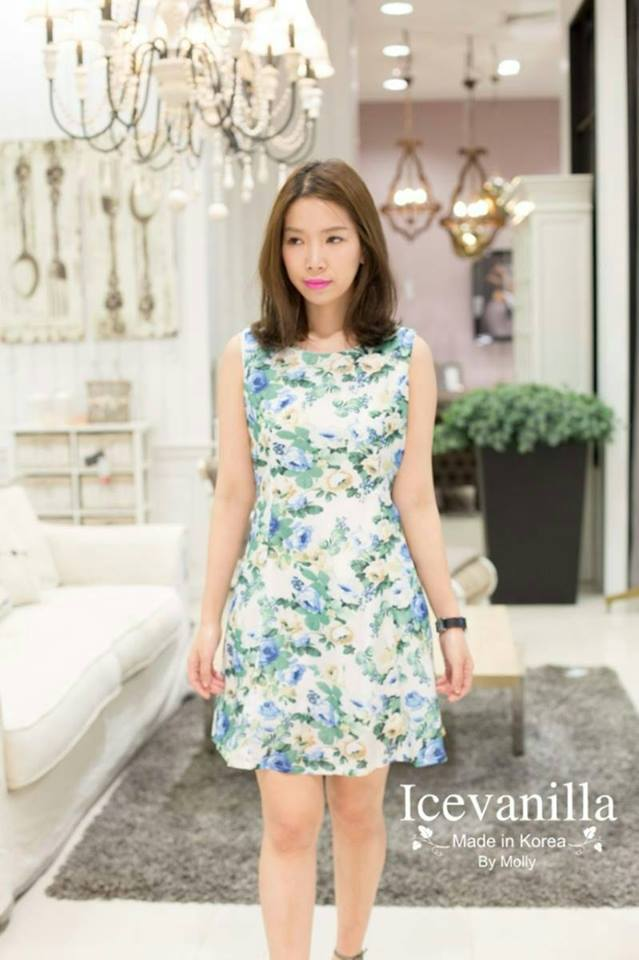 Brunt Flower Dress