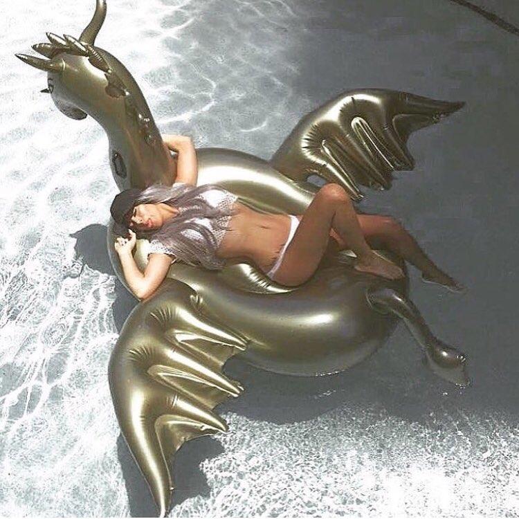 แพยางแฟนซี มังกร DRAGON สีทอง