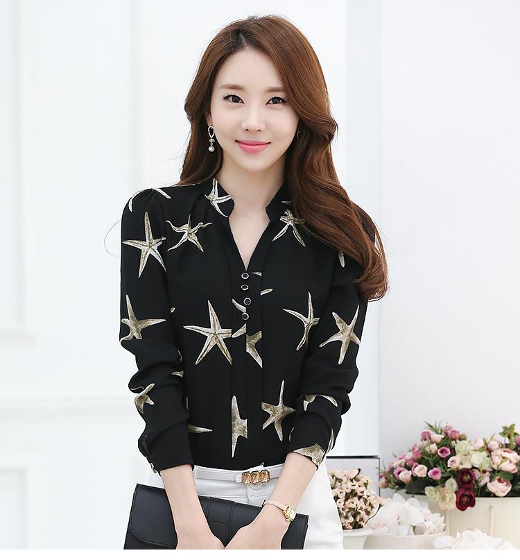 เสื้อแฟชั่นเกาหลี ทรงเชิต เย็บแต่งแบบคอจีน พิมพ์ลายตามภาพ พื้นสีดำ