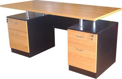 """โต๊ะผู้บริการ """"เมลามีน"""""""