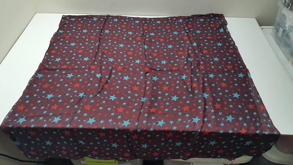 Kipling Viscose Scarf Star Print ผ้าพันคอเนื้อนุ่ม ขนาดโดยประมาณ 39 x 70.5 นิ้ว หรือ 100 x 180 cm