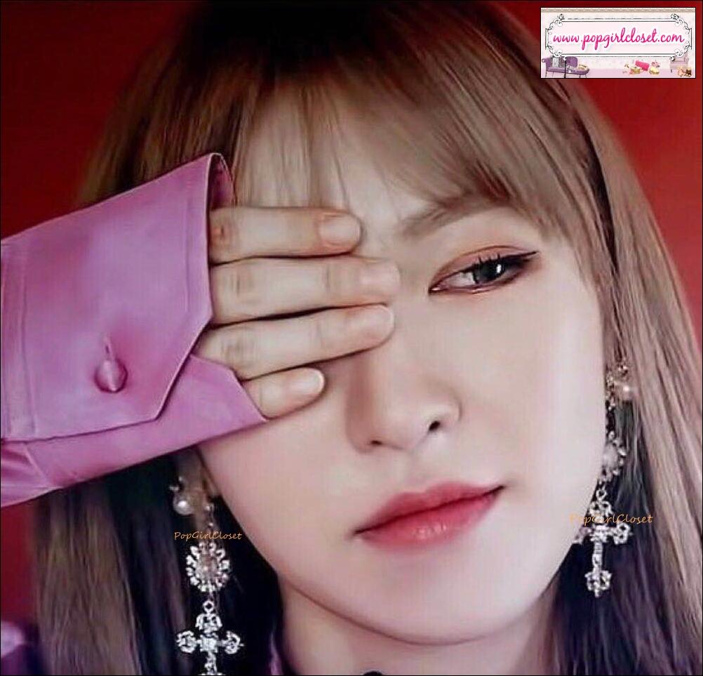 ต่างหูแฟชั่นไอดอลเกาหลี European Long Dangle Crystal Cross Fashion Drop Earring *Wendy Twice