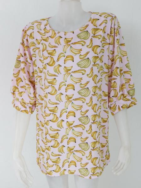 954974 ขายส่งเสื้อผ้าแฟชั่นลายกล้วยสุดฮิต ผ้าเนื้อดีใส่สบายค่ะ รอบอก 40 นิ้วความยาวเสื้อ 29 นิ้ว