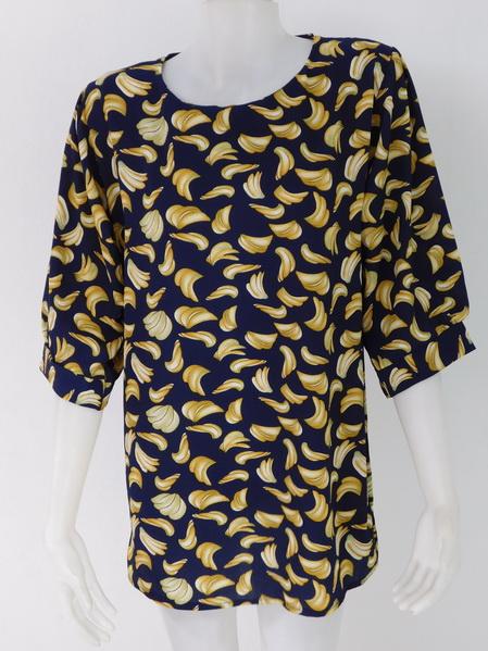 954973 ขายส่งเสื้อผ้าแฟชั่นลายกล้วยสุดฮิต ผ้าเนื้อดีใส่สบายค่ะ รอบอก 40 นิ้วความยาวเสื้อ 29 นิ้ว