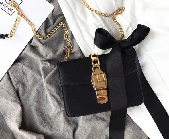 แถมโบว์ผูก Her item Black Ribbin