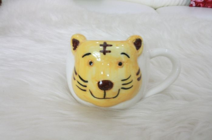 ของชำร่วยแก้วเพ้นหน้าเสือ