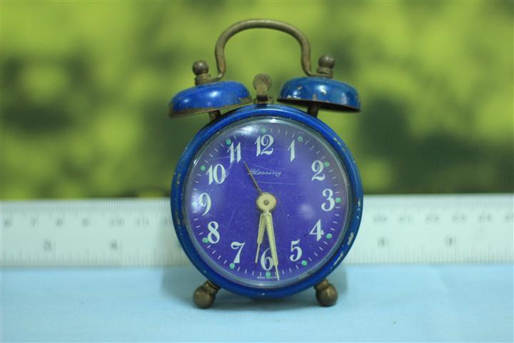 T0625 นาฬิกาปลุกเยอรมันโบราณ Blessing ส่ง EMS ฟรี