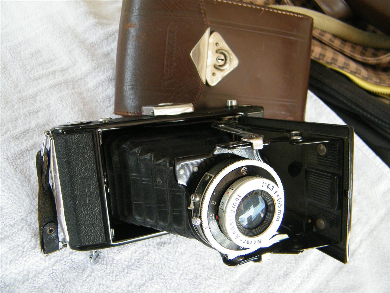 W0087 กล้องพับโบราณครับ Zeiss Ikon สภาพดี ชัตเตอร์ ok