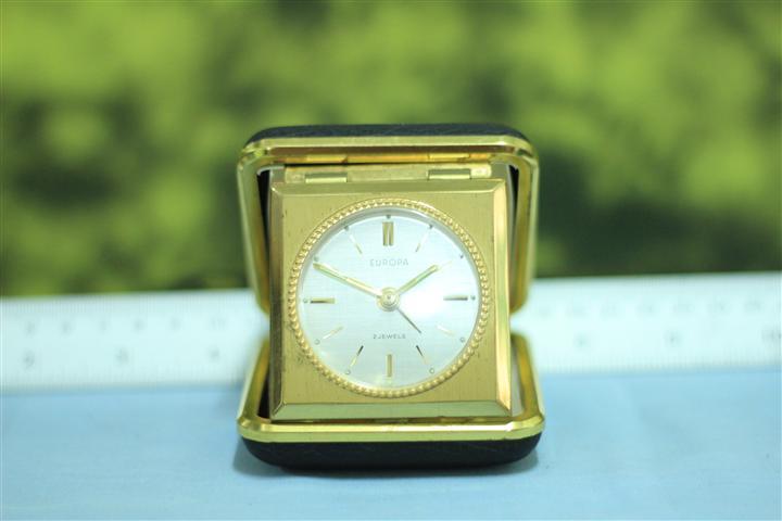 T0662 นาฬิกาปลุกเยอรมันโบราณ Europa ส่ง EMS ฟรี