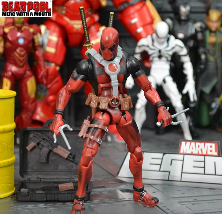 โมเดล Deadpool (มีให้เลือก 4 แบบ)